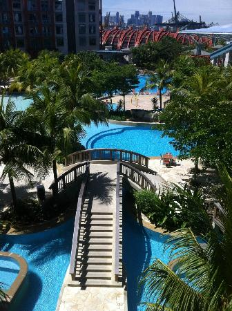 Swimming Pool Area Picture Of Resorts World Sentosa Hard Rock Hotel Singapore Sentosa