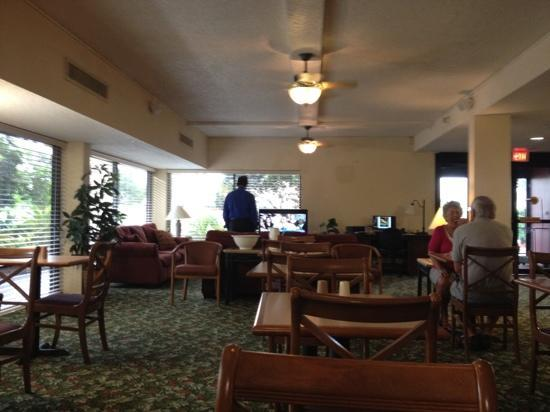 Quality Inn Of Orange Park: reception lounge