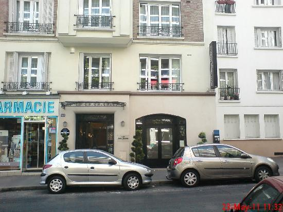 Front of the hotel picture of home moderne paris for Hotel moderne paris