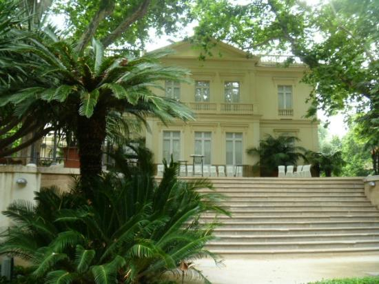 The casa palacio of the marqueses decasa loring picture for Bodas jardin botanico malaga