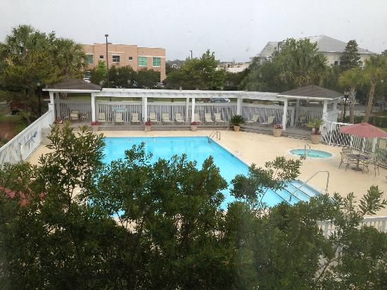 Residence Inn Wilmington Landfall: View from room / Pool