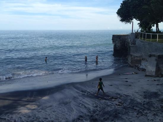 San Carlos, Panama: high tide at el palmar