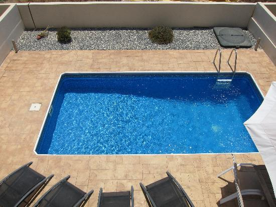 Anafotida, Cyprus: View from balcony down to the pool