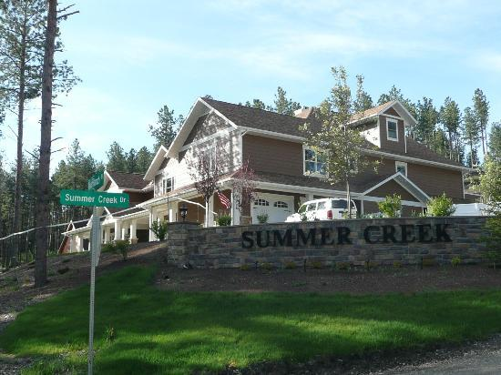 Summer Creek Inn