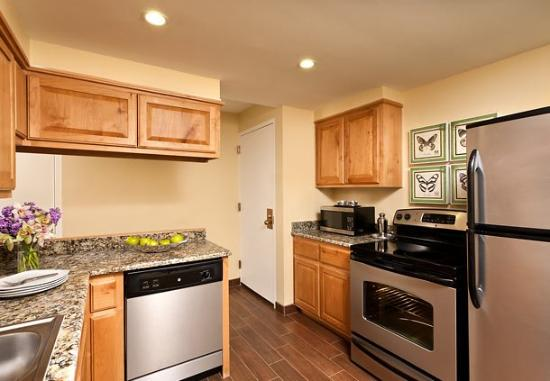 Fairfield Inn Albuquerque University Area: King Suite Kitchen