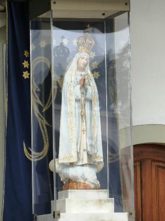 Our Lady of Fatima Icon http://www.tripadvisor.co.uk/LocationPhotoDirectLink-g189157-d196723-i39446221-Our_Lady_of_Fatima_Basilica-Fatima_Santarem_District_Central_Portugal.html