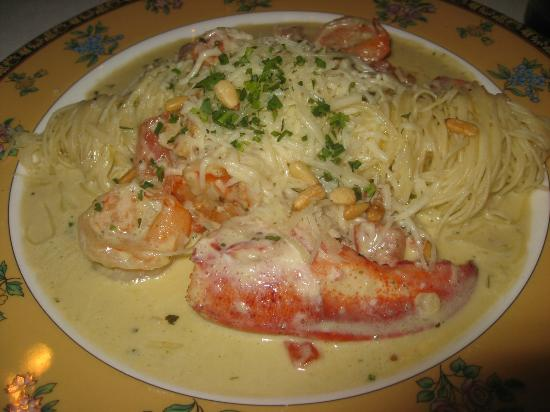 Leesburg, VA: Lobster and Shrimp Pasta