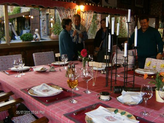 Country Inn Casa Mazzoni: Almost Dinner Time!
