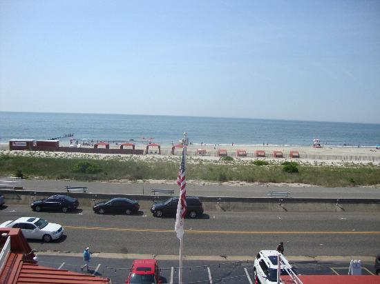Montreal Beach Resort: view from room balcony across street to beach