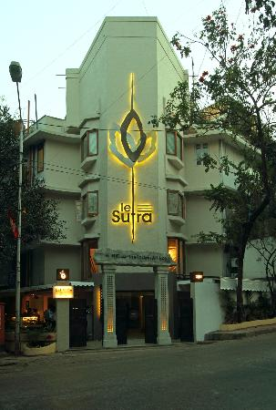 Le Sutra - The Indian Art Hotel: Welcome to Le Sutra