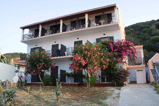 Photo of Angelos Apartments Agios Georgios