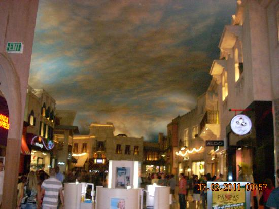 Inside Mall Again Picture Of Planet Hollywood Resort