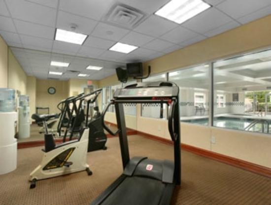 Days Inn and Suites Albany: fitness