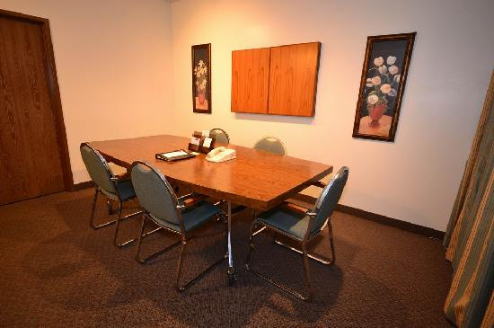 Clarion Suites - Yuma: Board Room
