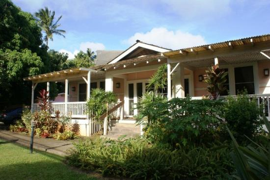Kauai Beach Inn - Poipu Bed and Breakfast