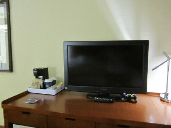 Four Points by Sheraton Oklahoma City Airport: tv