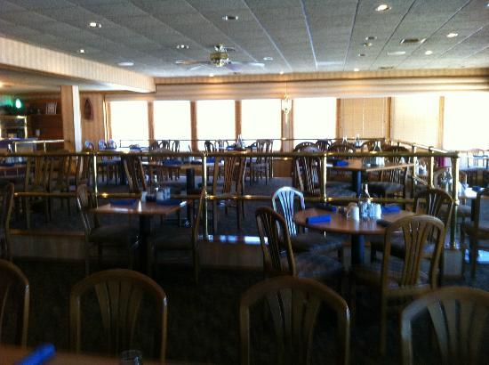 The Resort at Port Arrowhead: dinning room