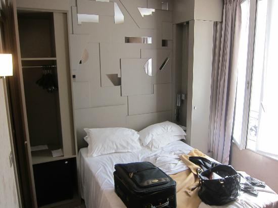 BEST WESTERN Quartier Latin Pantheon: room with double bed