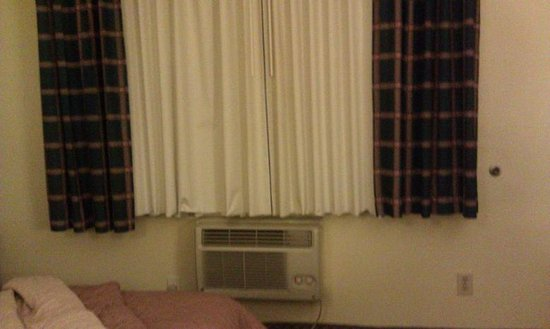 Comfort Inn At The Harbor:                                     The ac unit + this is about the whole width size of the tiny