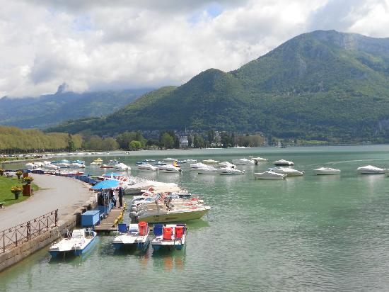 Annecy picture of hotel les grillons talloires tripadvisor for Lake annecy hotels swimming pool