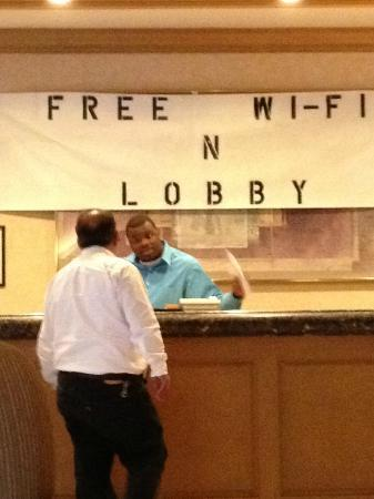 The Wilshire Hotel Los Angeles: Misspelled shoddy signage in lobby emphasizing inadequate wifi coverage.