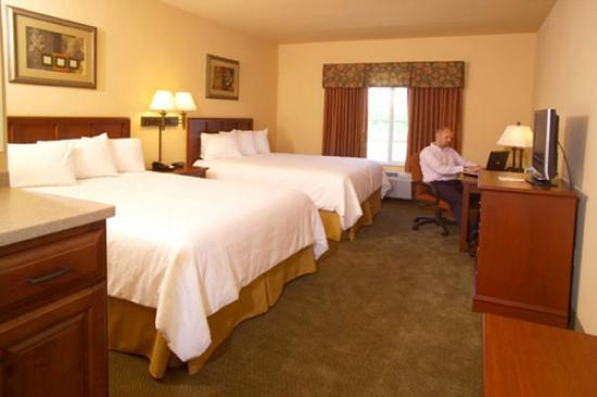 Ramada Appleton: Standard Double Queen Room