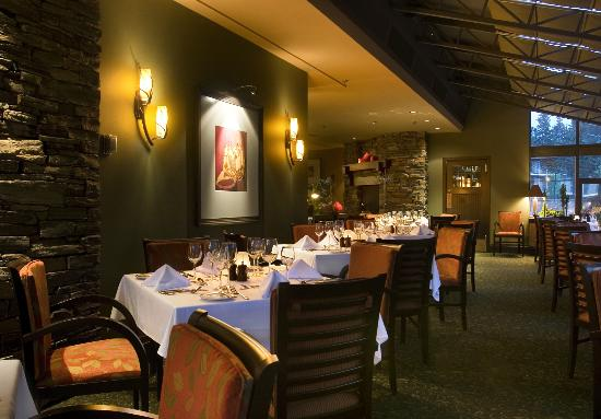 The terrace banff restaurant reviews phone number for Restaurant with terrace