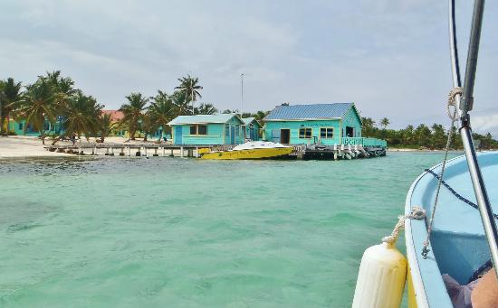 Tranquility Bay Resort: Arrival view...