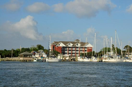 The Anchorage Inn: Anchorage Inn & Marina