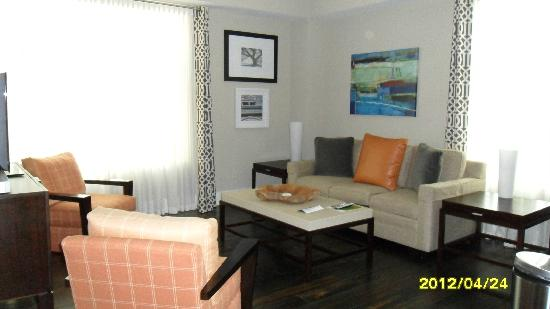 Studio Homes at Ellis Square: Livingroom