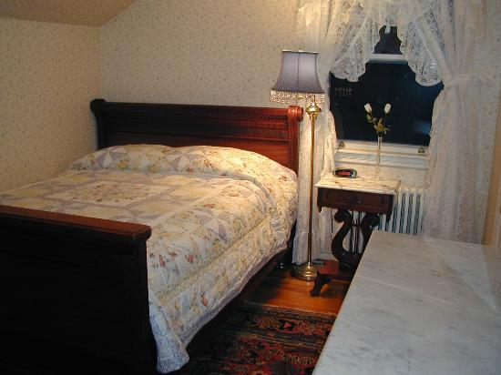 Morgan&#39;s Rest Bed &amp; Breakfast: The Sunset Room