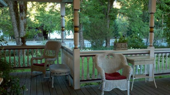 The Whitmore Inn: porch