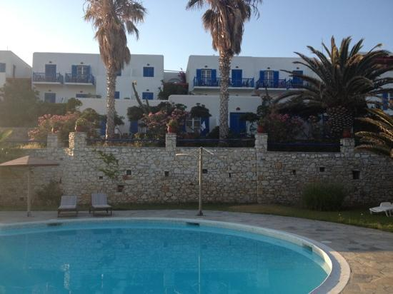 high mill hotel paros