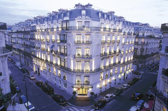 Photo of Hotel de la Tremoille Paris