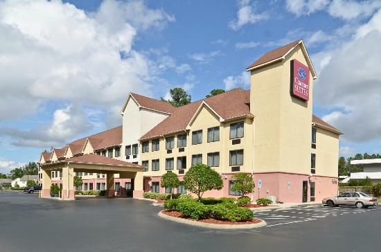 Photo of Comfort Suites Wilmington