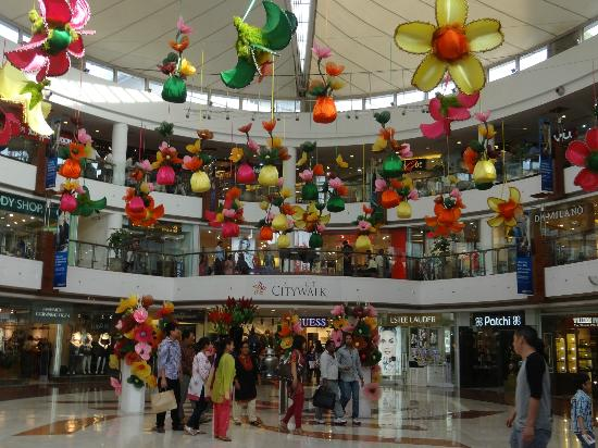 Inside The Mall Picture Of Select Citywalk New Delhi