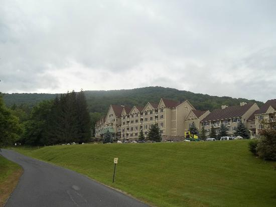 Wyndham at Bentley Brook: View of units