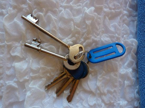 Haus am Strand: cool skeleton keys for the rooms