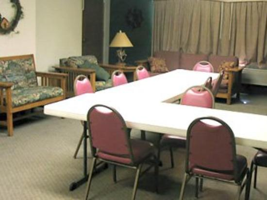 AmericInn Lodge & Suites Iron River: Meeting Room
