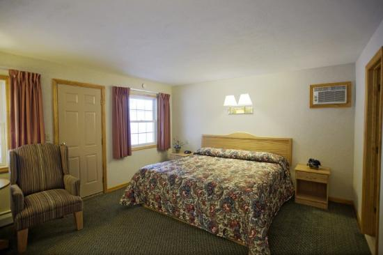 Americas Best Value Inn Lake George: King Standard