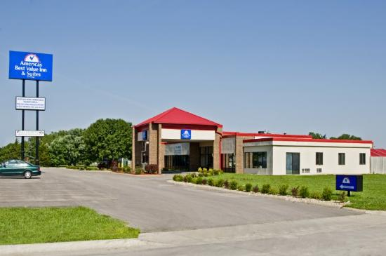Americas Best Value Inn & Suites Hesston