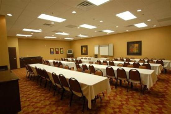 BEST WESTERN Crandon Inn & Suites: Meeting Room