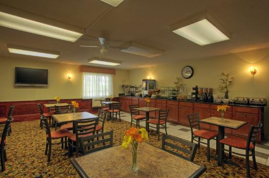 Best Western York Inn: Breakfast Room