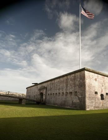 Quality Hotel: Crystal Coast Historic Buildings Fort Macon