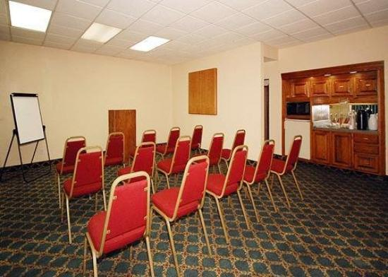 Red Roof Inn Nashville - Music City: Meeting Room -OpenTravel Alliance - Meeting Room-