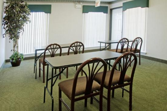 Americas Best Value Inn  Forth Worth: Meeting Room