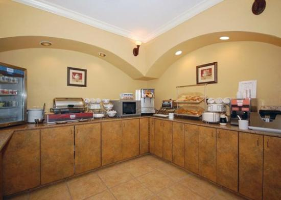 Comfort Suites: Breakfast items