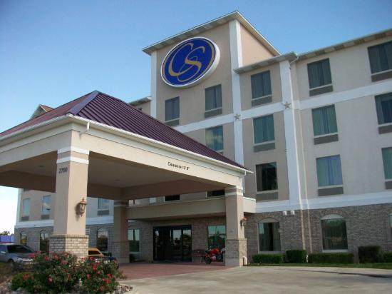 Comfort Suites Waco: Exterior