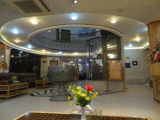 Sepahan Hotel