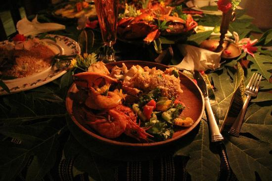 Boracay Private Mt. Casitas: Seafood dinner prepared by Pat and her team